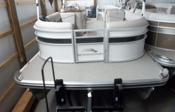 DOUBLE BIMINI!! 2018 25SSRCX METALLIC WHITE WITH SMOKEY GRANITE!