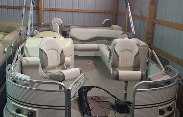 LOW HOURS FISHING PONTOON! Used 2003 Suncruiser JM224 Front/ Rear Fish Consignment