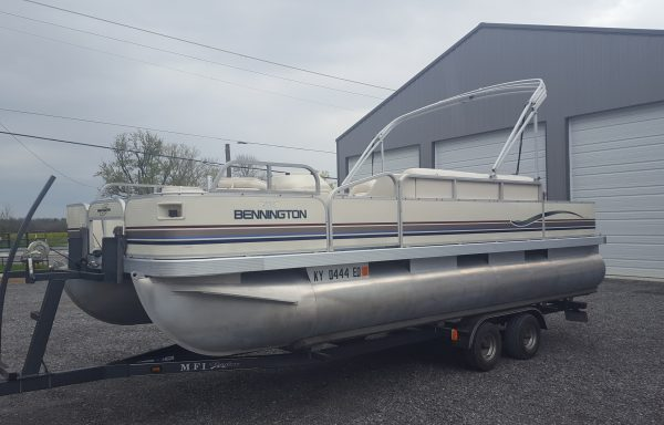 2001 Bennington 200FS Fishing Package