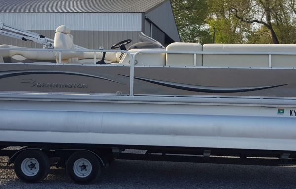 One Owner Triple Tube Package! 2008 Bennington 2575RL W/ Yamaha F150 & Trailer